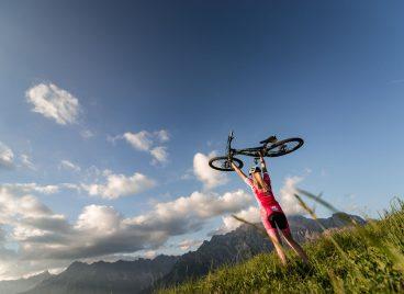 Den Gipfel mit dem Rad erklimmen